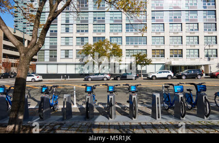 Citibike station at 48th avenue and 5th street in Long Island City, Queens - Stock Image