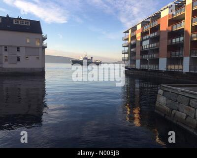 Måseskjæret 28, Bergen, Norway. 09th Jan, 2016. EUweather: Supply boat on the city fjord after being evicted - Stock Image