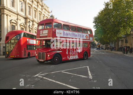 routemaster bus london - Stock Image