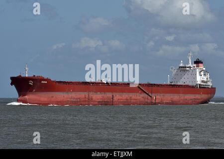 Panamax Bulker Ogna - Stock Image