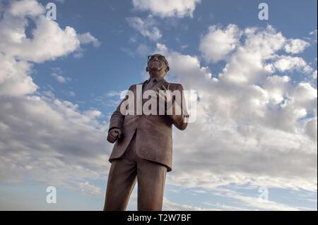 Statue of Dom Mintoff, Maltese Prime Minister in Valletta. - Stock Image