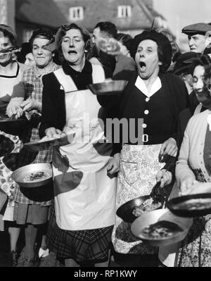 Pancake Race. February 1950 P005023 - Stock Image