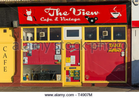 The View Cafe and Vintage Shop on Marine Road, Morecambe, Lancashire, UK. - Stock Image