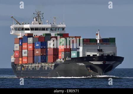 Containerfeeder Condor inbound Kiel Fjord - Stock Image