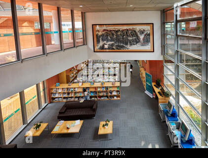 Interior of the Lynn Library at Southern University of Science and Technology (SUSTech). Shenzhen, Guangdong Province, China. - Stock Image