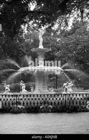 Fountain in Savannah Georgia park, USA. - Stock Image