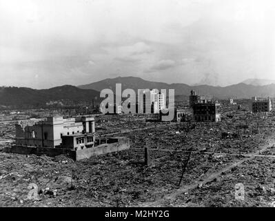 WWII, Nagasaki, Aftermath of Atomic Bomb, 1945 - Stock Image