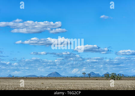 Scenic view of the Queensland Interior, along the Carnarvon Highway, QLD, Australia - Stock Image