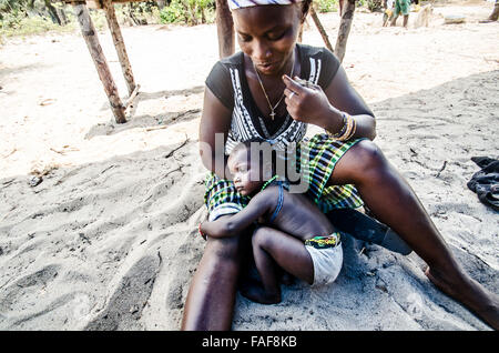Mother and child, Sierra Leone - Stock Image