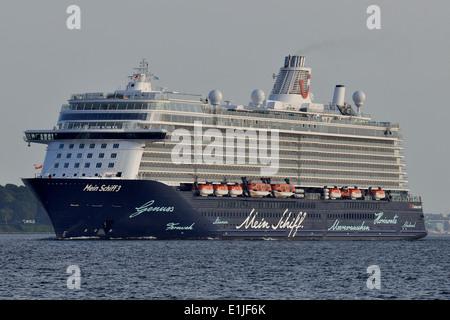TUI Cruises Mein Schiff 3 leaving Kiel - Stock Image