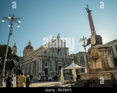 PIazza del Duomo with the Cathedral of Saint Agatha (Sant'Agata) and the Elephant fountain, Catania, Island of Sicily, Italy. - Stock Image