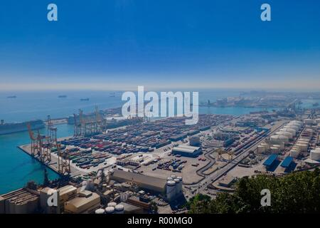 Barcelona, Spain, October 2018. The port of Barcelona seen from Castle / Castell Mont Juic on a hot sunny afternoon. - Stock Image