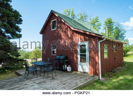 Cabin located a short walk from Lake Superior, near Grand Marais, Minnesota, USA. - Stock Image