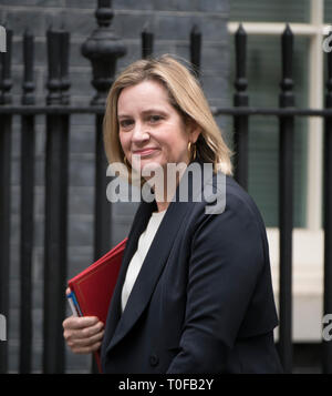 Lodnon, UK. 19th Mar 2019. Amber Rudd, Secretary of State for Work and Pensions, in Downing Street for weekly cabinet meeting. Credit: Malcolm Park/Alamy Live News. - Stock Image