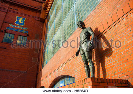 UK Weather 27th September 2016. Sunshine and blue skies over Rangers Football Club in Glasgow, Scotland, UK - Stock Image