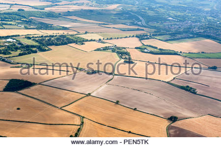 Hampshire UK 9th August 2018 UK weather sunshine over Hampshire. Aerial image showing parched fields bear testament to the drought affecting England o - Stock Image