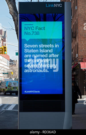 A message on a LINK NYC screen with the fun fact that Staten Island has seven streets named after the first seven Mercury astronauts. In Queens, NYC - Stock Image