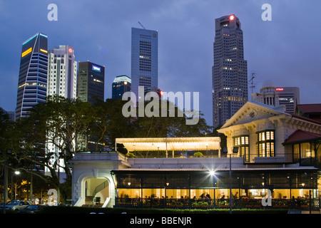 Skyline of Singapore, Singapur,  South East Asia twilight - Stock Image