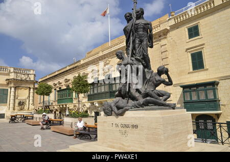 St. George's Square in the Maltese capital of Valletta - Stock Image