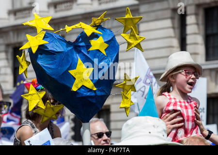 London, UK. 23 June 2018. Remain supporters and protesters at an Anti-Brexit march and rally for a People's Vote. Photo: Bettina Strenske/Alamy Live News - Stock Image