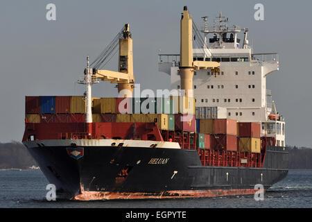 Containerfeeder Heluan - Stock Image
