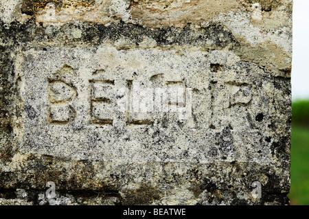 chateau belair gate post saint emilion bordeaux france - Stock Image
