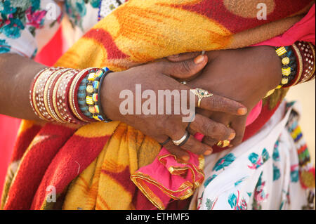 Detail of Rajasthani woman's hands and her jewellery. Sam, Thar Desert, Rajasthan, India - Stock Image