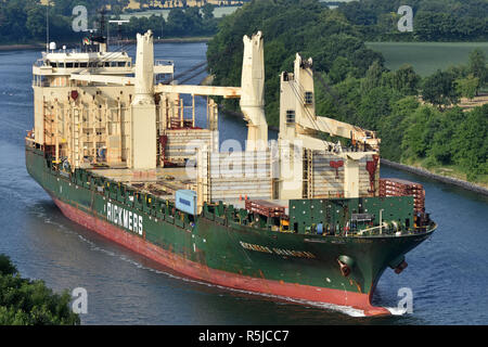 Rickmers Shanghai passing the Kiel Canal - Stock Image