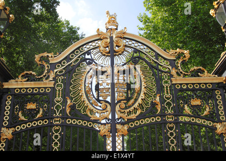 Canada Gate entrance to Green Park London - Stock Image