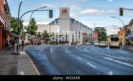 LIO shopping centre, built on old railway storage sidings, Lichterfelde-Berlin. LIO refers to S-Bahn station code, - Stock Image