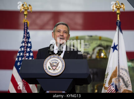 NASA Kennedy Space Center (KSC) Director Robert D. Cabana welcomes guests and introduces acting NASA Administrator - Stock Image