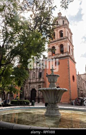 The Baroque façade of the Templo de San Francisco or San Francisco Church along the Guerrero Garden in the state capital of San Luis Potosi, Mexico. - Stock Image