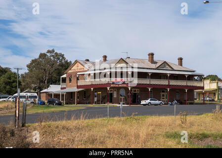 Royal Hotel Woodstock, in the country town of Woodstock,Cowra Shire, New South Wales, Australia - Stock Image