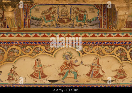 Painted walls of an old Haveli, Shekawati Region, Rajasthan, India - Stock Image