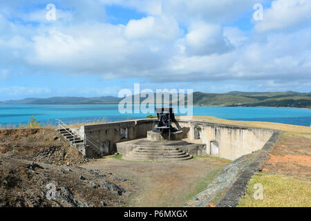 Gun battery overlooking the Torres Stait islands at Green Hill Fort, Thursday Island, Far North Queensland, FNQ, QLD, Australia - Stock Image