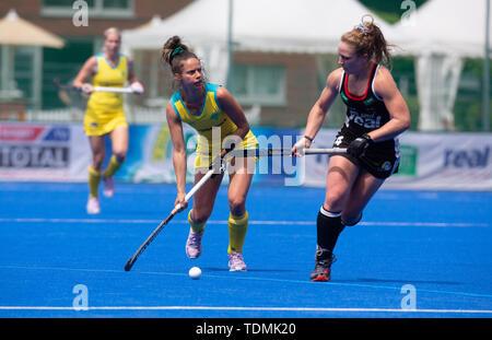 Krefeld, Germany, June 16 2019, hockey, women, FIH Pro League, Germany vs. Australia:  Brooke Peris (Australia, L) and Nike Lorenz (Germany) compete. - Stock Image