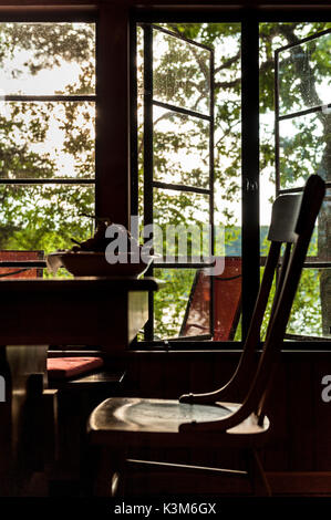 Cabin by the lake - Stock Image
