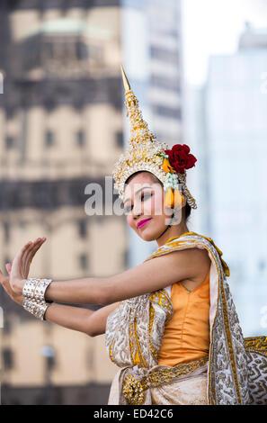 Thai dancer - Stock Image