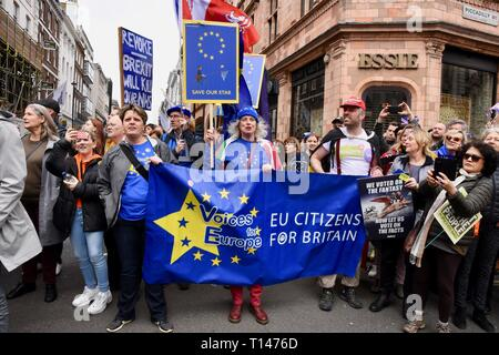 London, UK. 23rd March, 2019. People's Vote March, Piccadilly, London.UK Credit: michael melia/Alamy Live News - Stock Image