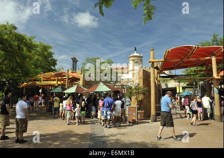 Crowd at entrance to Universal Orlando Resort, Orlando, Florida, USA - Stock Image