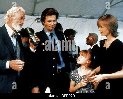 LLYOD BRIDGES JEFF BRIDGES & SUZY AMIS BLOWN AWAY (1994) - Stock Image