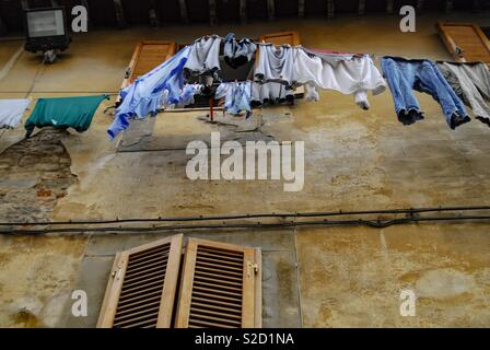 Laundry day in Italy - Stock Image