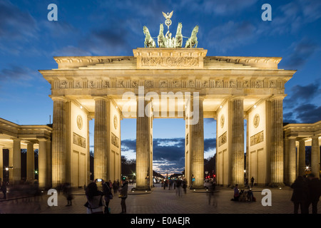 Berlin, Brandenburger Tor, Quadriga, Dusk, - Stock Image