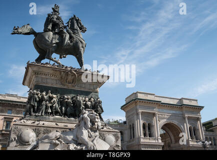 Vittorio Emanuele II equestrian monument and galleria shopping arcade, Piazza del Duomo, Milan, Italy - Stock Image