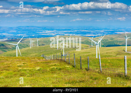 Wind turbines in the Ochil Hills, Clackmannanshire, Scotland, UK - Stock Image