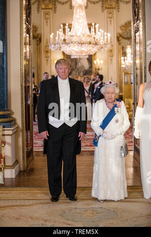HRM Queen Elizabeth II, with President Donald Trump line up for the State Banquet formal group photograph, Buckingham Palace, London, UK - Stock Image