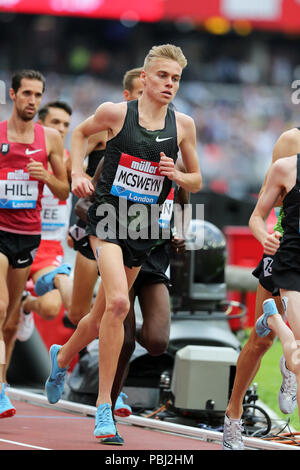 Stewart MCSWEYN (Australia) competing in the Men's 5000m Final at the 2018, IAAF Diamond League, Anniversary Games, Queen Elizabeth Olympic Park, Stratford, London, UK. - Stock Image