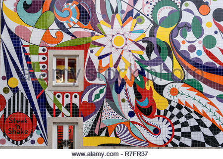 Colorful wall painting, Steak n Shake Restaurant, Porto, Portugal - Stock Image