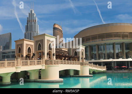 Dubai, United Arab Emirates - September 9, 2018: Bridge connecting the Souk to Dubai Mall in Dubai, United Arab Emirates. - Stock Image