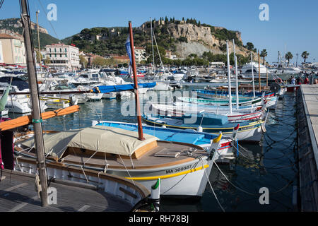 Boats in the harbour at Cassis, France - Stock Image